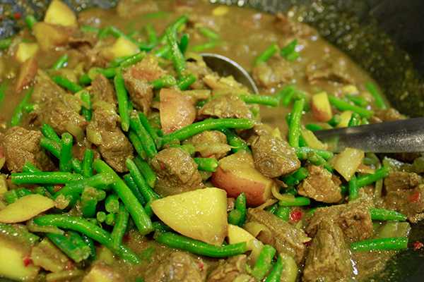 traditional lamb curry recipe fully illustrated